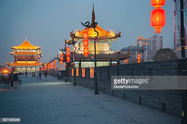 xian city wall - castle wall stock pictures, royalty-free photos & images