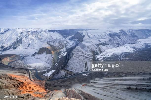 xinjiang anjihai grand canyon at dusk - tien shan mountains stock pictures, royalty-free photos & images