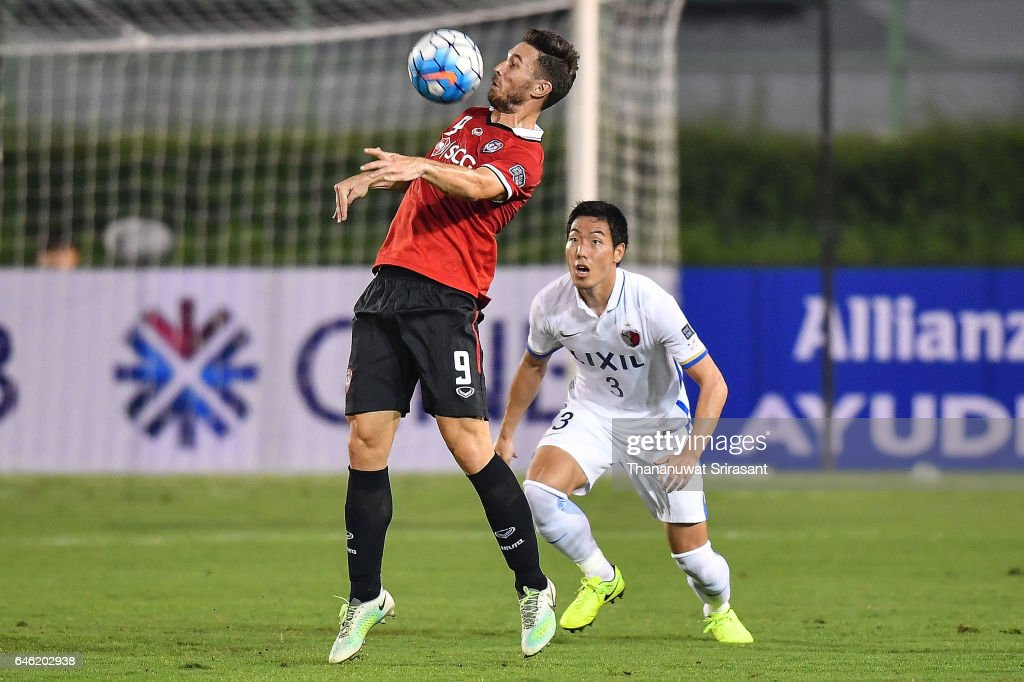 Xisco #9 of Muangthong United holds the ball during the AFC Asian Champions League match between Muangthong United and Kashima Antlers at Supachalasai National Stadium on February 28, 2017 in Bangkok, Thailand.