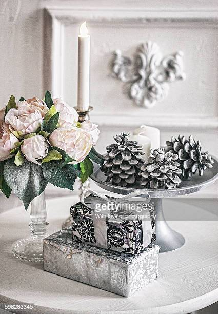 Xmas decor details silver and white