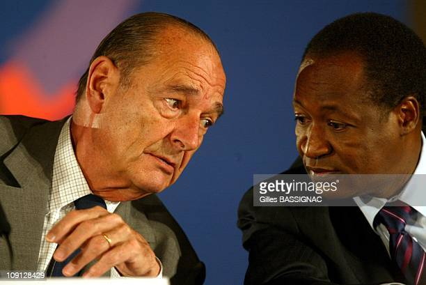 Xth French Speaking Summit Press Conference. On November 27, 2004 In Ouagadougou, Burkina Faso. Jacques Chirac And Blaise Compaore