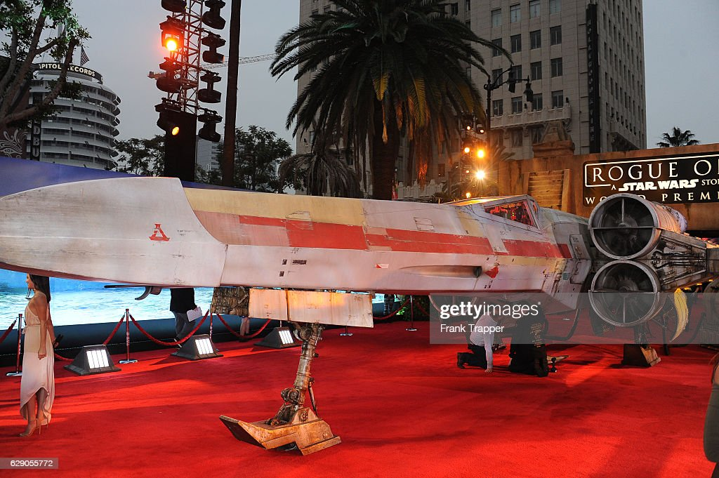 X-Wing fighter on the red carpet at the premiere of Walt Disney Pictures and Lucasfilm's 'Rogue One: A Star Wars Story' at the Pantages Theatre on December 10, 2016 in Hollywood, California.