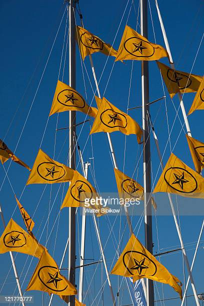 yacht marina flags, annapolis, maryland, usa - annapolis stock pictures, royalty-free photos & images