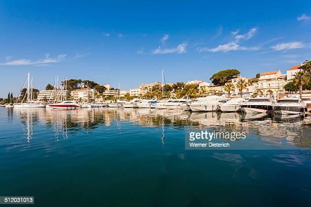 yachts in the marina, bandol, cote d'azur, france - bandol photos et images de collection