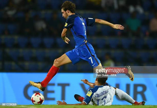 Yacine Adli of France and Gustavo Vallecillo of Honduras in action during the FIFA U-17 World Cup India 2017 group E match between France and...
