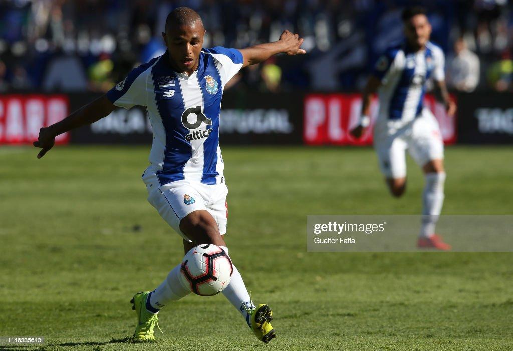 Sporting CP v FC Porto - Taca de Portugal Final : News Photo