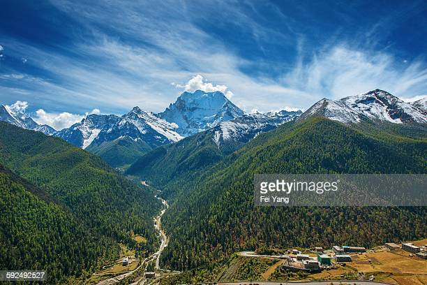 yading nature reserve - nature reserve stock pictures, royalty-free photos & images