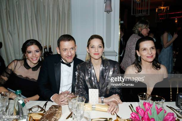 Yael Boon Dany Boon Marion Cotillard and Juliette Binoche attend 'Dinner at Le Fouquet's' during Cesar Film Award 2018 at Le Fouquet's on March 2...