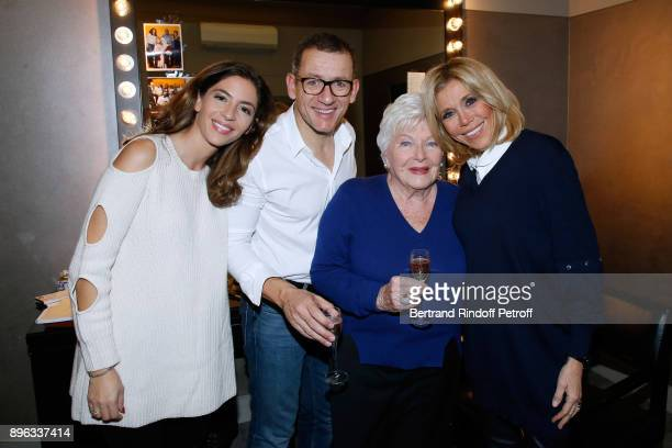 Yael Boon her husband Dany Boon Line Renaud and Brigitte Macron pose after the Dany de Boon Des HautsDeFrance Show at L'Olympia on December 18 2017...