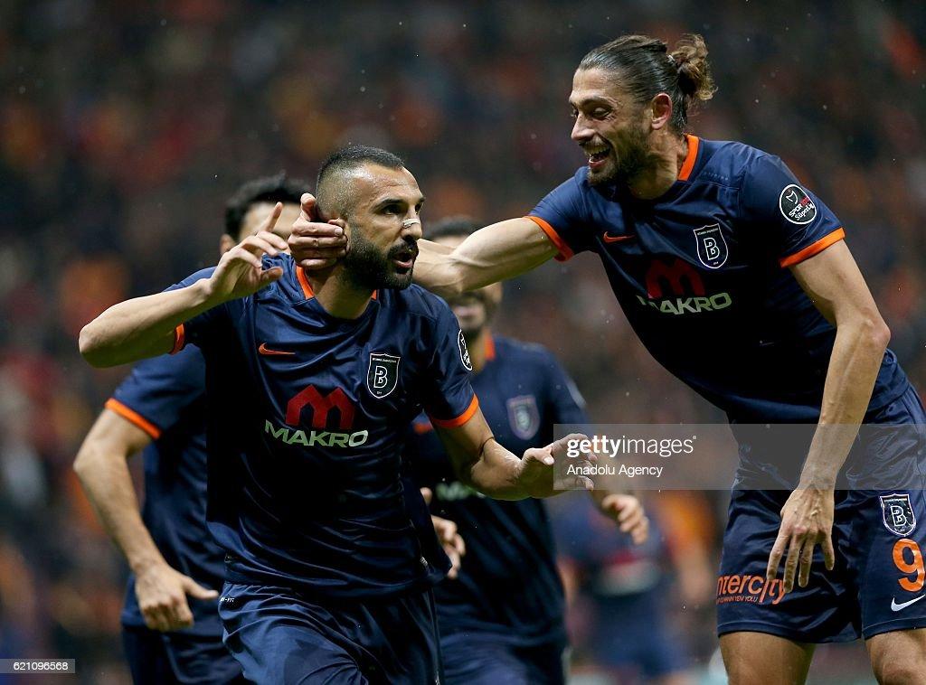 Galatasaray v Medipol Basaksehir - Turkish Spor Toto Super Lig : News Photo