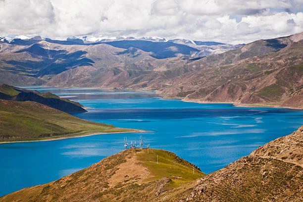 Yamdrok Yumtso holy lake.