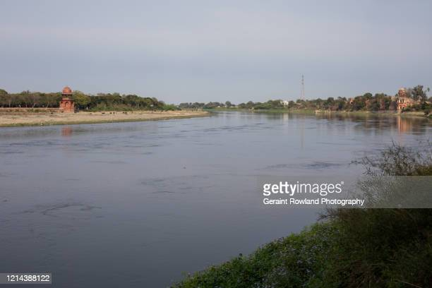 yamuna river, india - river yamuna stock pictures, royalty-free photos & images