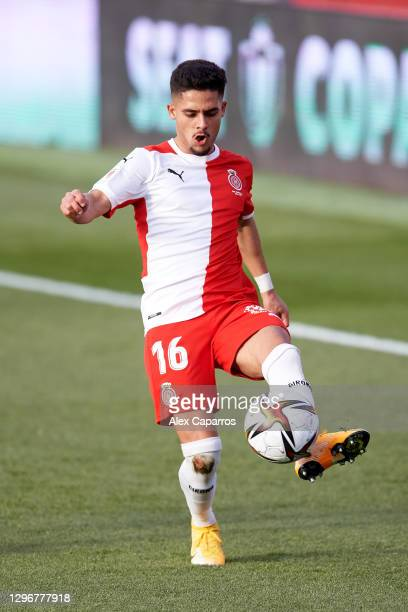 Yan Couto of Girona FC controls the ball during the Copa del Rey round of 32 match between Girona FC and Cadiz CF at Montilivi Stadium on January 16,...