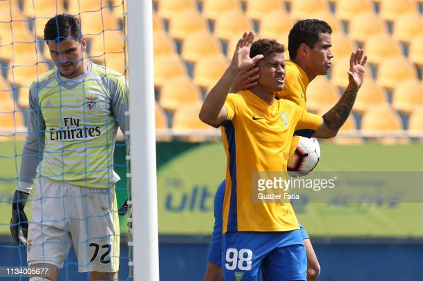 Yan Matheus of GD Estoril Praia celebrates after scoring a goal during the Ledman Liga Pro match between GD Estoril Praia and SL Benfica B at Estadio...