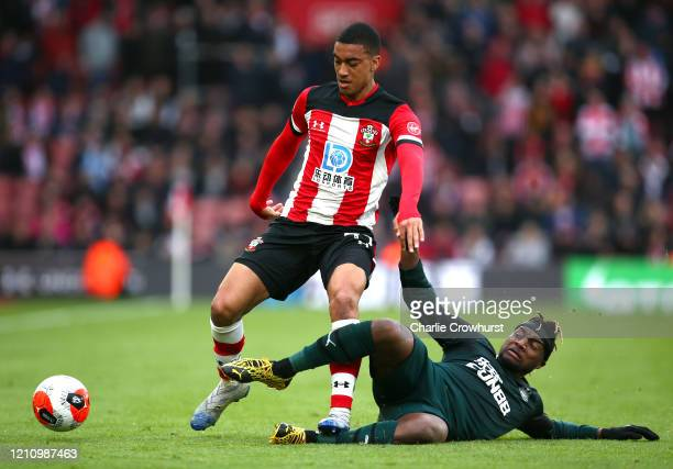 Yan Valery of Southampton is fouled by Allan SaintMaximin of Newcastle United during the Premier League match between Southampton FC and Newcastle...