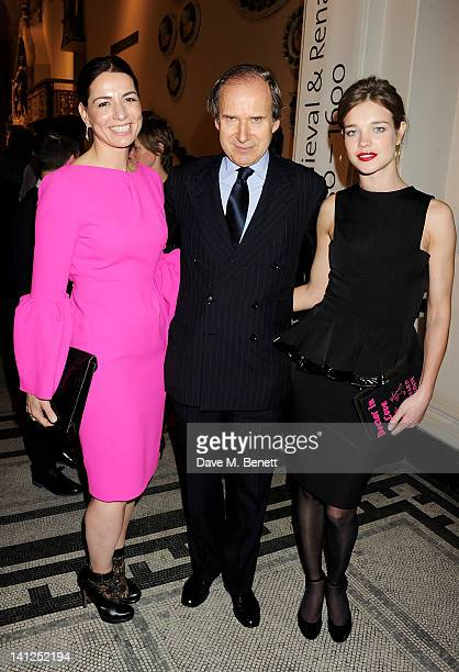 Yana Peel Simon de Pury and Natalia Vodianova attend the VA Design Fund Gala at The VA on March 13 2012 in London England