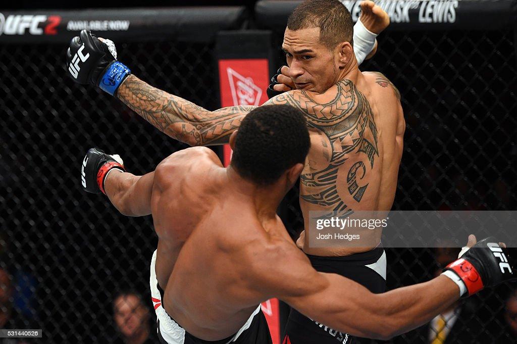 UFC 198: Trinaldo v Medeiros : News Photo
