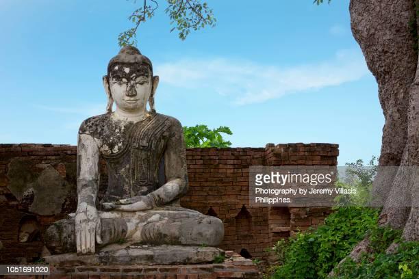 yandana sinme pagoda, inwa, myanmar - theravada stock pictures, royalty-free photos & images