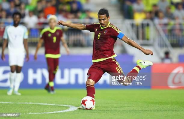 Yangel Herrera of Venezuela shoots during the FIFA U20 World Cup Korea Republic 2017 Final between Venezuela and England at Suwon World Cup Stadium...