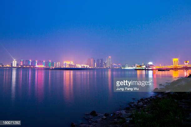 Yangtze river bank at dusk