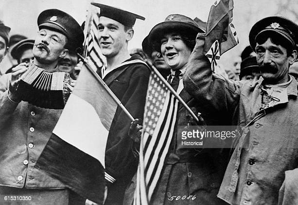 Yanks and Tommies celebrate the armistice November 1918
