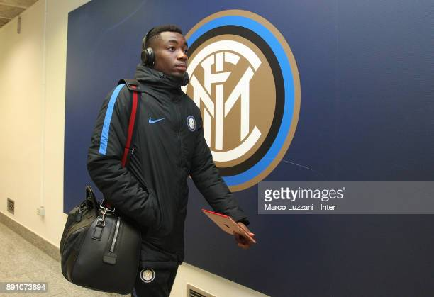Yann Karamoh of FC Internazionale arrives prior to the TIM Cup match between FC Internazionale and Pordenone at Stadio Giuseppe Meazza on December 12...