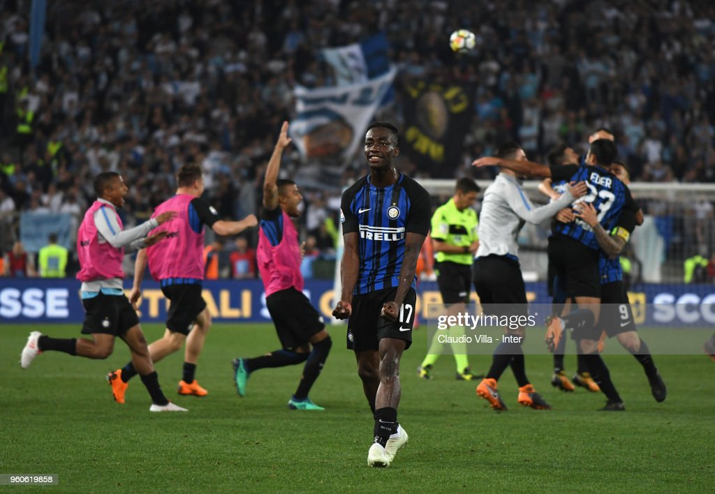 Yann Karamoh of FC Internazionale celebrate the victory and the qualification for the Champions League during the serie A match between SS Lazio and FC Internazionale at Stadio Olimpico on May 20, 2018 in Rome, Italy.