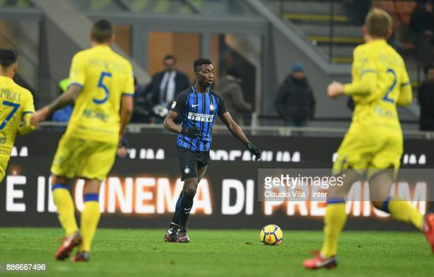 Yann Karamoh of FC Internazionale in action during the Serie A match between FC Internazionale and AC Chievo Verona at Stadio Giuseppe Meazza on...