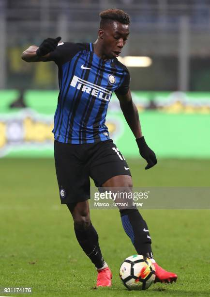 Yann Karamoh of FC Internazionale in action during the serie A match between FC Internazionale and SSC Napoli at Stadio Giuseppe Meazza on March 11...