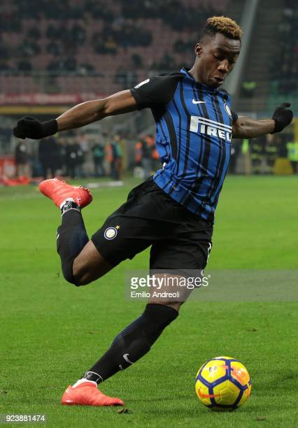 Yann Karamoh of FC Internazionale Milano in action during the serie A match between FC Internazionale and Benevento Calcio at Stadio Giuseppe Meazza...
