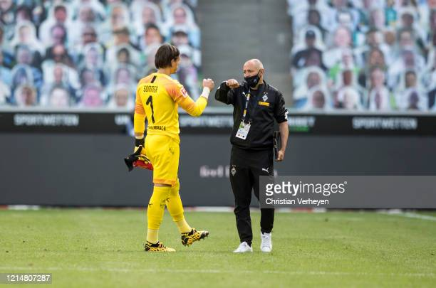 Yann Sommer and Oliver Neuville of Borussia Moenchengladbach are seen during the Bundesliga match between Borussia Moenchengladbach and Bayer 04...
