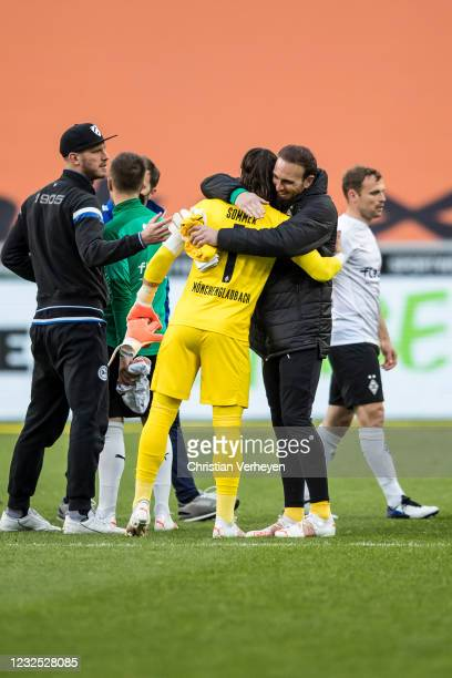 Yann Sommer and Tobias Sippel of Borussia Moenchengladbach celebrate after the Bundesliga match between Borussia Moenchengladbach and DSC Arminia...