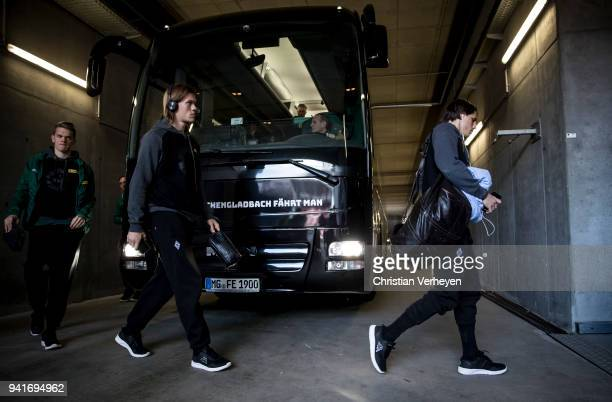Yann Sommer Jannik Vestergaard and Matthias Ginter of Borussia Moenchengladbach arrive ahead the Bundesliga match between 1 FSV Mainz 05 and Borussia...