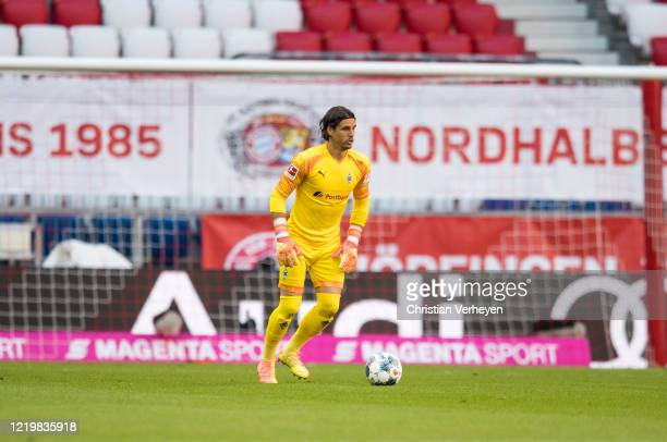 Yann Sommer of Borussia Moenchengladbach controls the ball during the Bundesliga match between FC Bayern Muenchen and Borussia Moenchengladbach at...