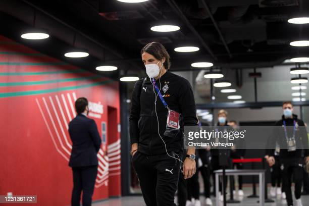 Yann Sommer of Borussia Moenchengladbach enters the stadium before the UEFA Champions League Round Of 16 Leg One match between Borussia...
