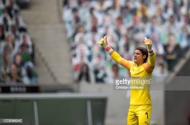 Yann Sommer of Borussia Moenchengladbach in action during the Bundesliga match between Borussia Moenchengladbach and Hertha BSC at BorussiaPark on...