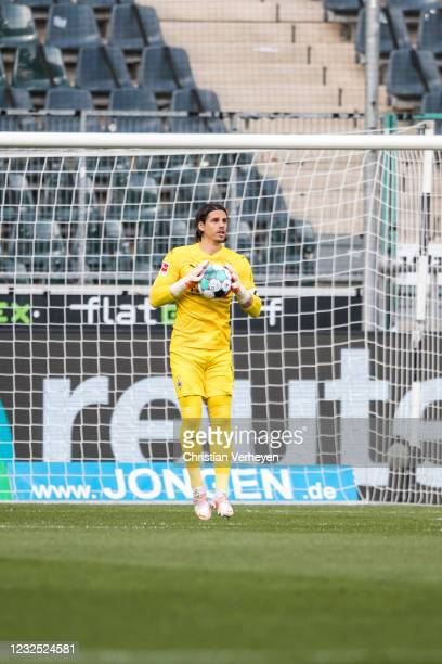 Yann Sommer of Borussia Moenchengladbach in action during the Bundesliga match between Borussia Moenchengladbach and DSC Arminia Bielefeld at...