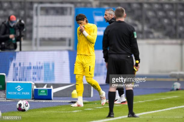 Yann Sommer of Borussia Moenchengladbach leaves the pitch after he get the red card by referee Patrick Itrich during the Bundesliga match between...