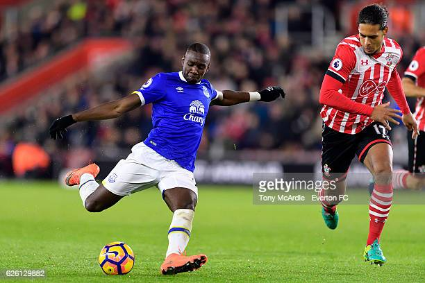 Yannick Bolasie evades Virgil van Dijk for a shot on goal during the Barclays Premier League match between Southampton and Everton at St Mary's...