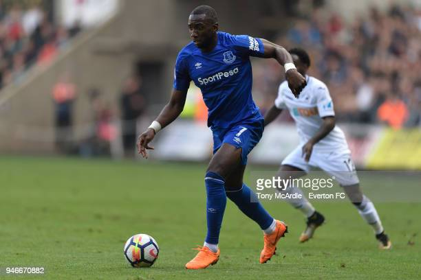 Yannick Bolasie of Everton on the ball during Premier League match between Swansea City and Everton at the Liberty Stadium on April 14 2018 in...