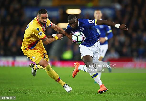 Yannick Bolasie of Everton takes on Damien Delaney of Crystal Palace during the Premier League match between Everton and Crystal Palace at Goodison...