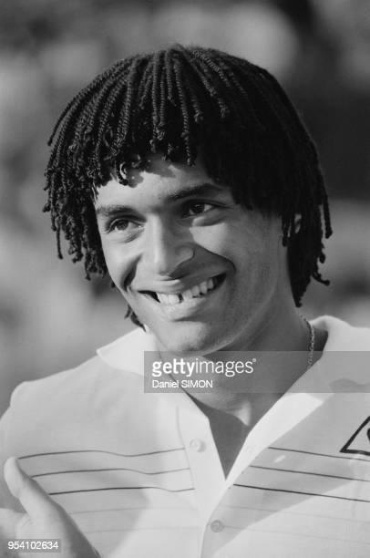 Yannick Noah lors de la Coupe Davis à AixenProvence le 3 octobre 1982 France