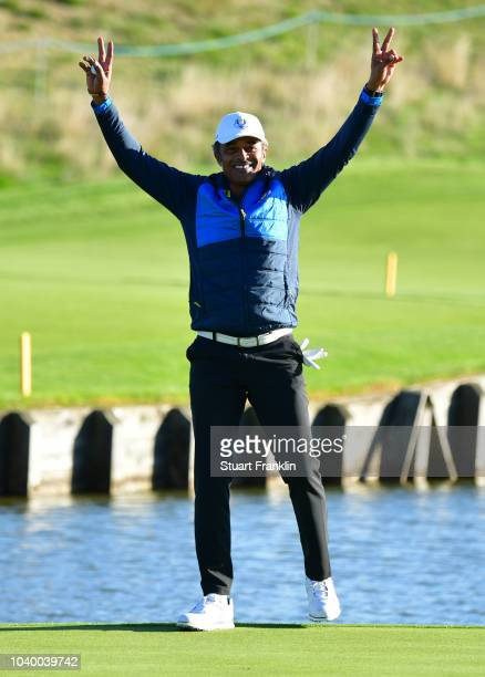 Yannick Noah of Team Europe acknowledges the crowd during the celebrity challenge match ahead of the 2018 Ryder Cup at Le Golf National on September...