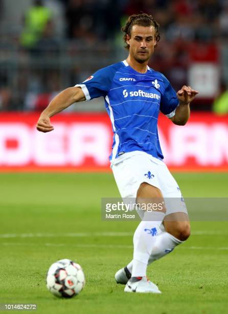 Yannick Stark of Darmstadt runs with the ball during the Second Bundesliga match between FC St Pauli and SV Darmstadt 98 at Millerntor Stadium on...