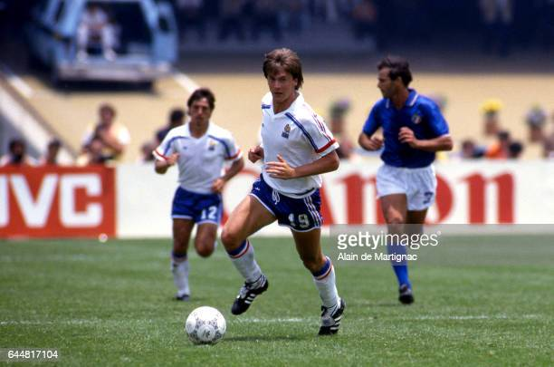 Yannick stopyra stock photos and pictures getty images - Finale coupe du monde 1986 ...