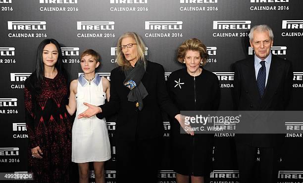 Yao Chen Tavi Gevinson Agnes Gund Annie Leibovitz and Marco Tronchetti Provera attend a photocall to launch the 2016 Pirelli Calendar by Annie...
