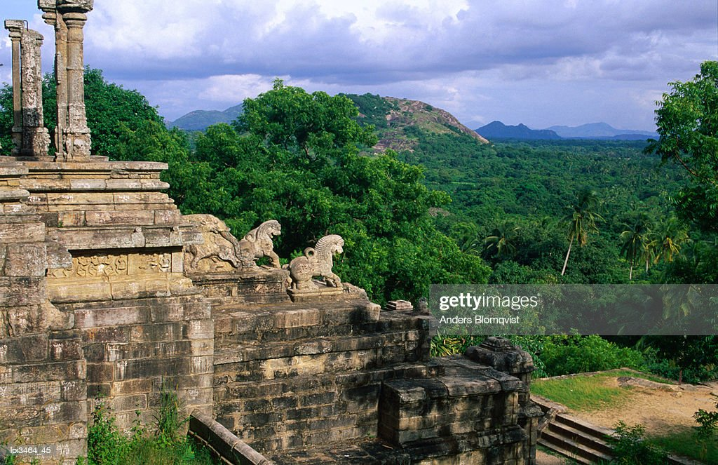 Yapahuwa's ornamental carved staircase which once led to the ledge holding the royal palace, Central, Sri Lanka, Indian Sub-Continent : Stock Photo