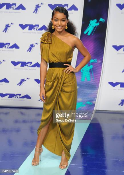 Yara Shahidi arrives at the 2017 MTV Video Music Awards at The Forum on August 27 2017 in Inglewood California