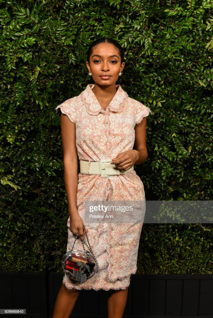 Yara Shahidi attends Charles Finch And Chanel Pre-Oscar Awards Dinner At Madeo in Beverly Hills at Madeo Restaurant on March 3, 2018 in Los Angeles, California.
