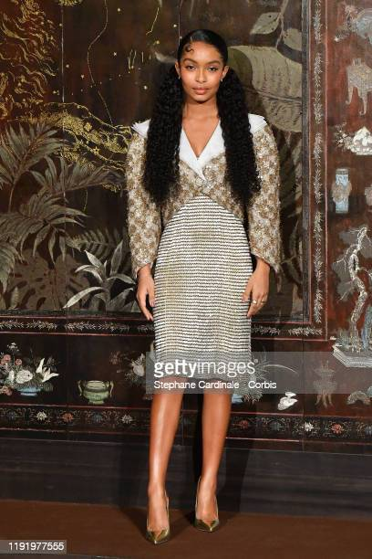 Yara Shahidi attends the photocall of the Chanel Metiers d'art 2019-2020 show at Le Grand Palais on December 04, 2019 in Paris, France.